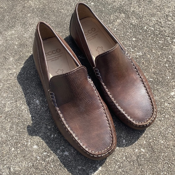 Ecco Moc 2.0 Coffee Leather Slip On Loafers